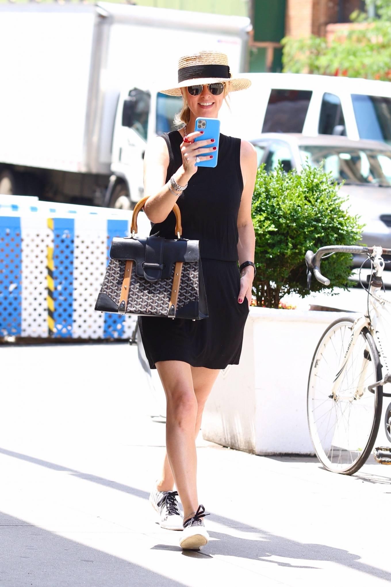 Nicky Hilton 2021 : Nicky Hilton – Seen on a hot day in New York-01