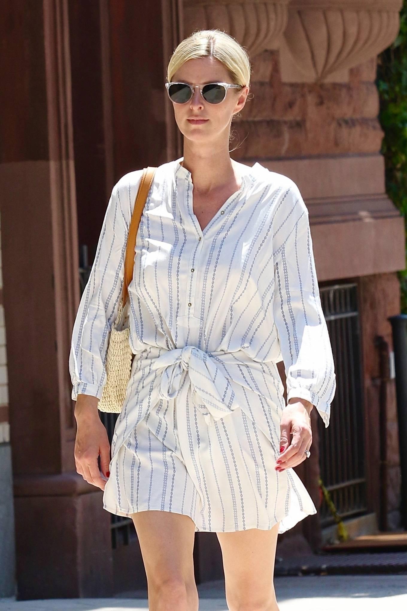 Nicky Hilton 2021 : Nicky Hilton – Seen running errands in Downtown Manhattan-03