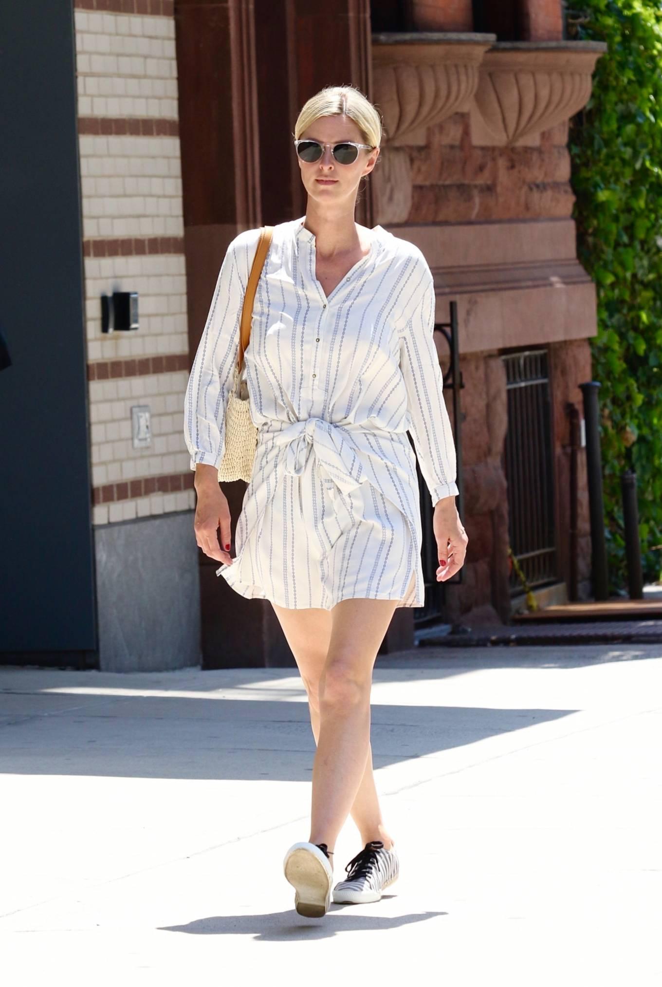 Nicky Hilton 2021 : Nicky Hilton – Seen running errands in Downtown Manhattan-07