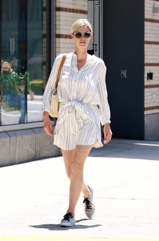 Nicky Hilton - Seen running errands in Downtown Manhattan