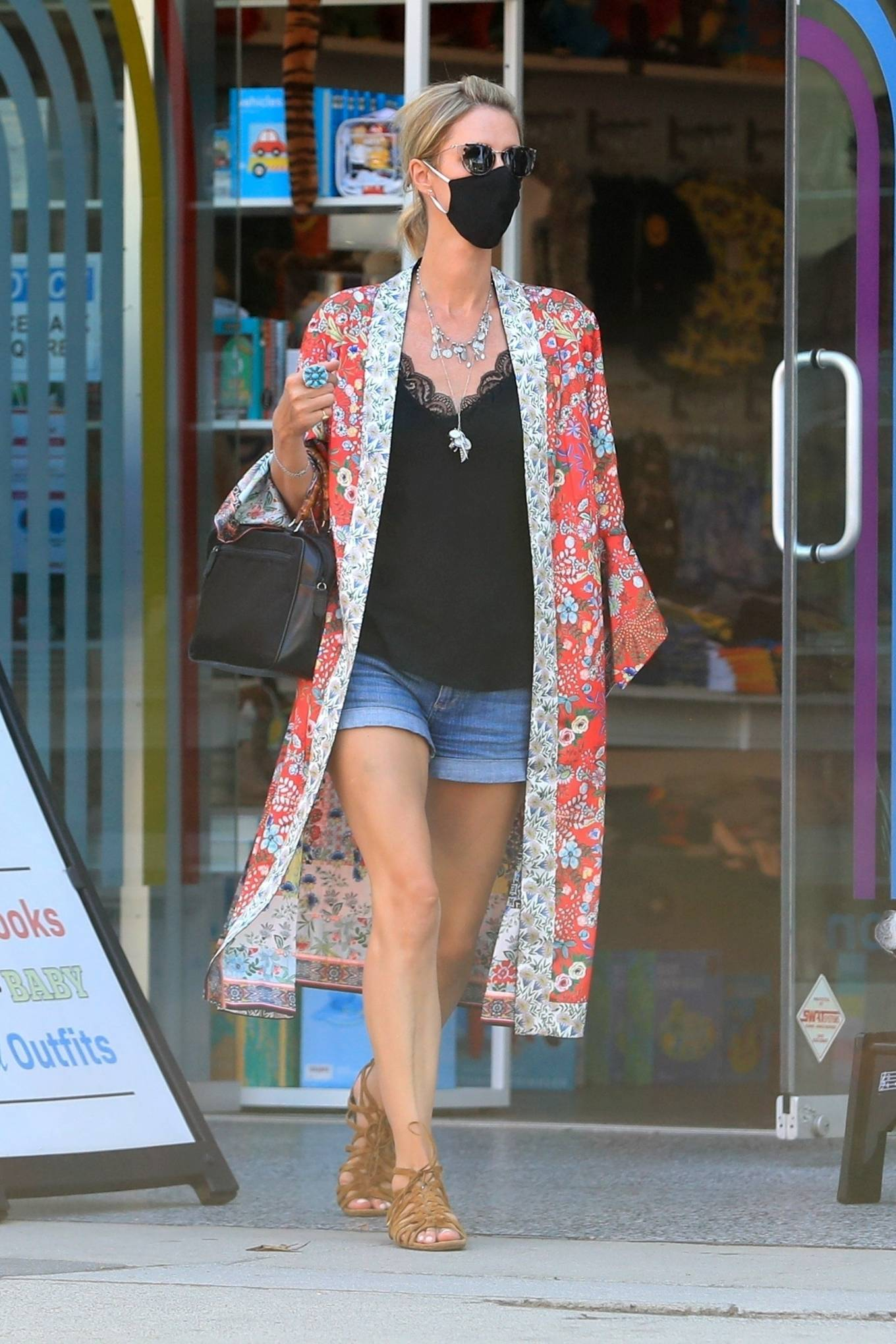 Nicky Hilton 2020 : Nicky Hilton – Shopping at Kitson Kids in West Hollywood-26