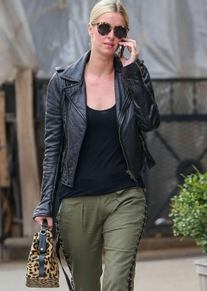 Nicky Hilton - Spotted out for a stroll in New York