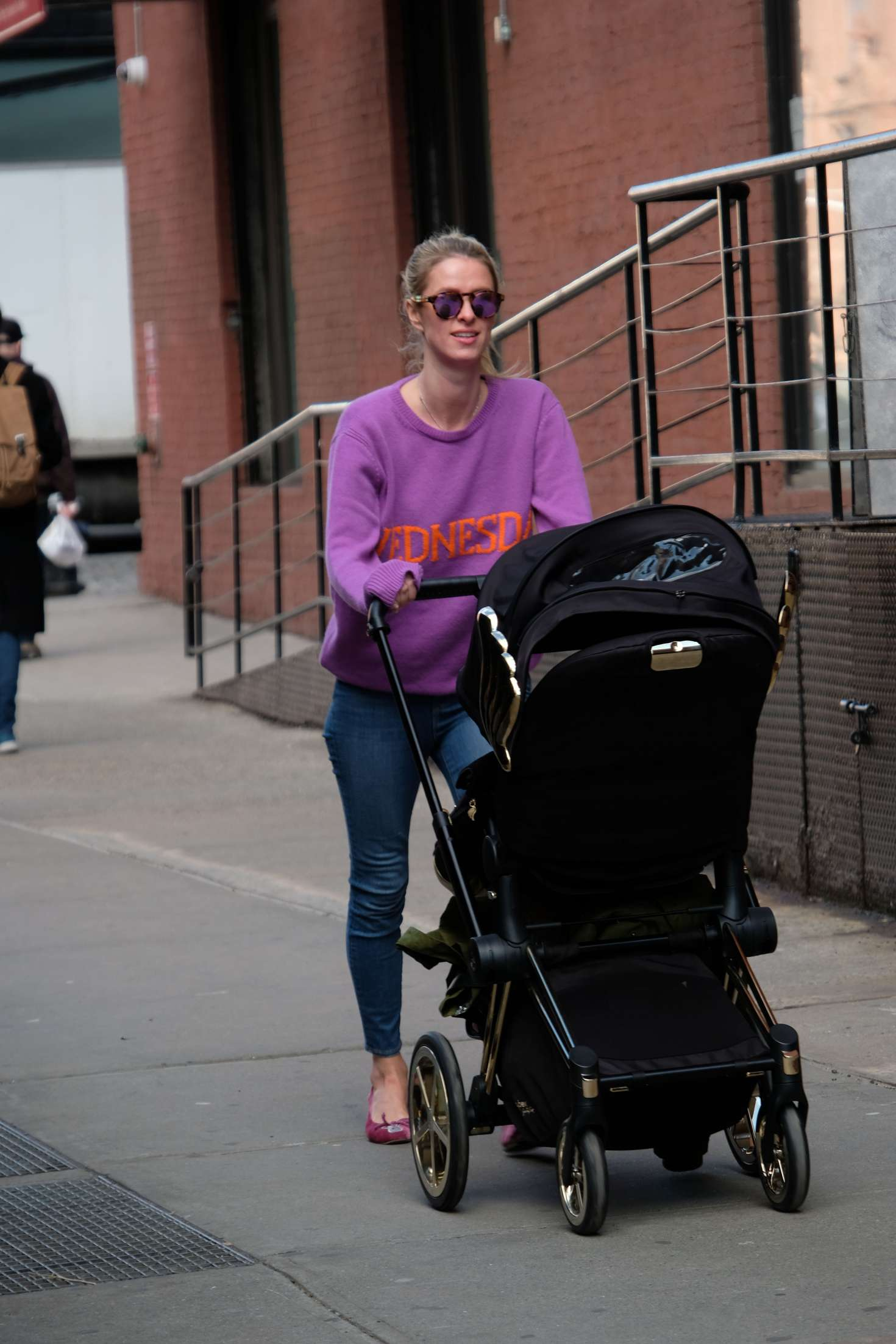 Nicky Hilton 2017 : Nicky Hilton with her baby out in Soho -08