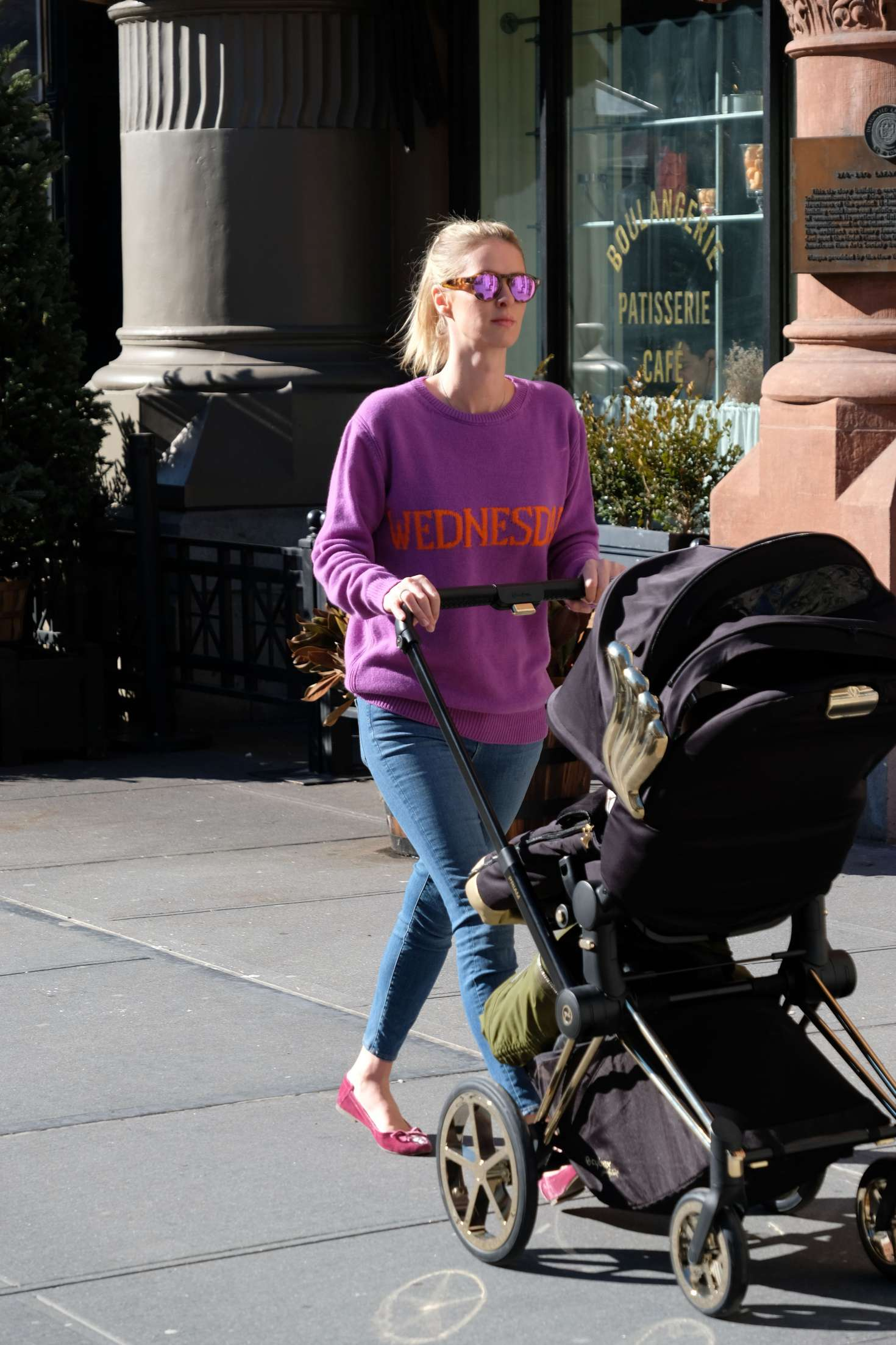 Nicky Hilton 2017 : Nicky Hilton with her baby out in Soho -11