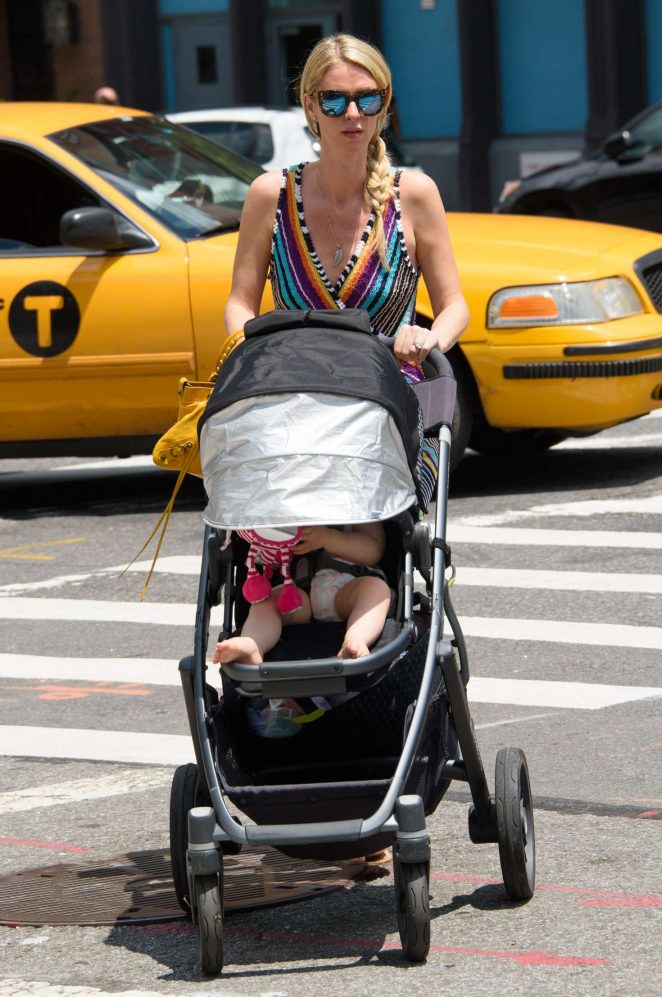 Nicky Hilton with her daughter Lily-Grace -08