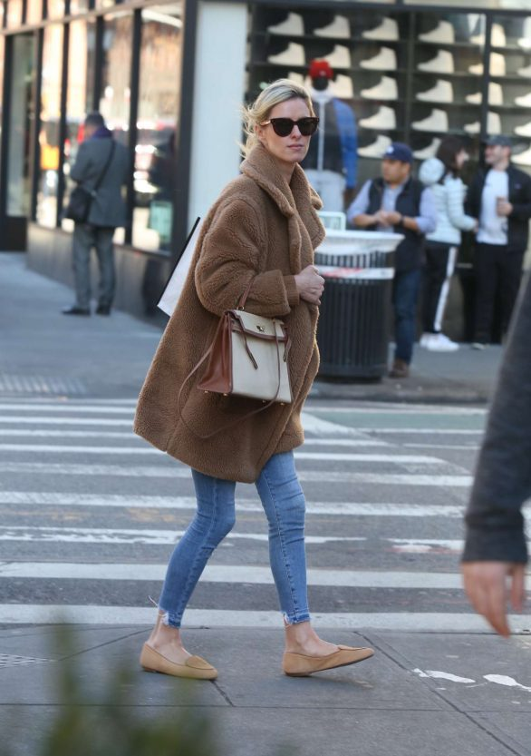 Nicky Hilton 2020 : Nicky Hilton with her husband out in New York-01