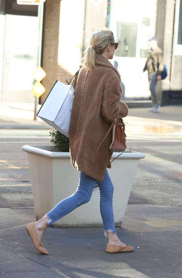 Nicky Hilton 2020 : Nicky Hilton with her husband out in New York-03