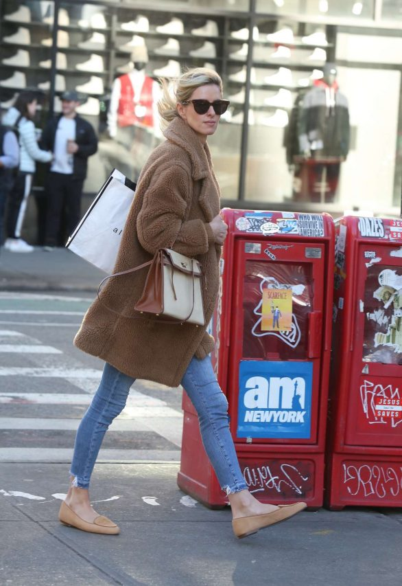Nicky Hilton 2020 : Nicky Hilton with her husband out in New York-12
