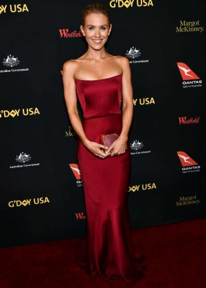 Nicky Whelan - G'Day USA Gala 2017 in Los Angeles
