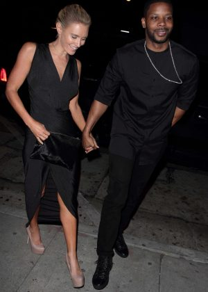 Nicky Whelan in Black Dress at Craig's Restaurant in Hollywood
