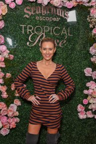 Nicky Whelan - Posing at Seagrams Escapes Tropical Rosè Launch Party in Los Angeles