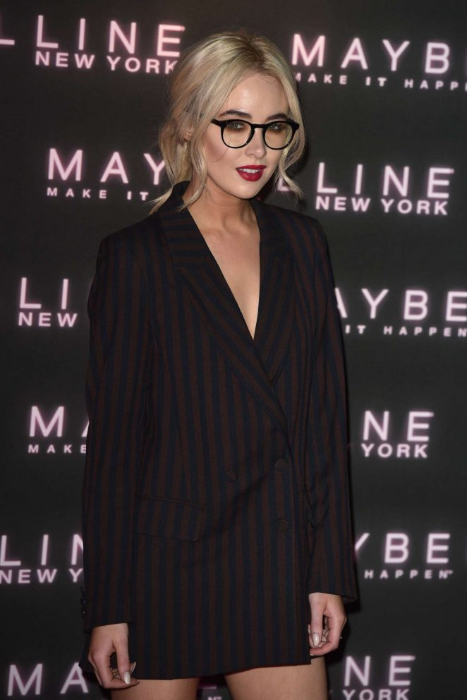 Nicola Hughes – Maybelline Bring on the Night Party 2017 in London