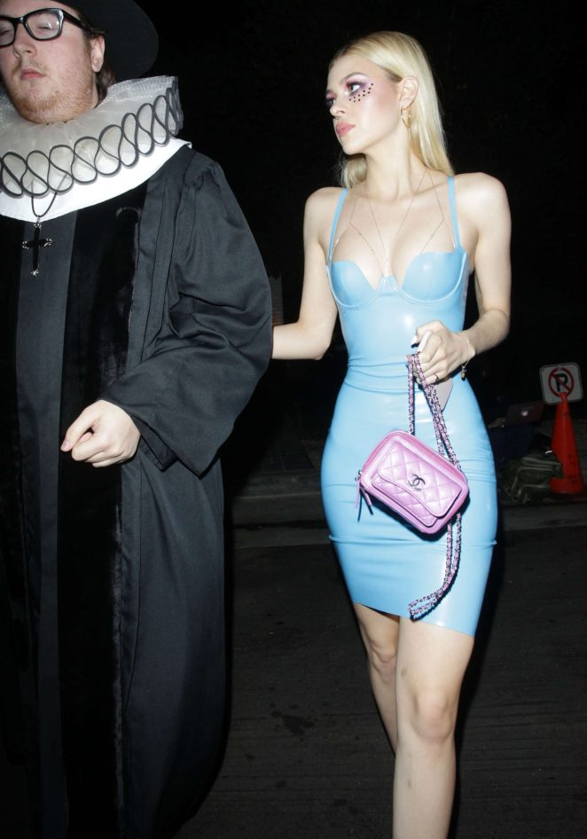 Nicola Peltz – Kate Hudson's Halloween Party in Pacific Palisades