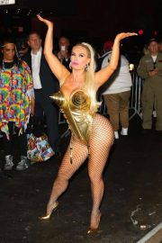Nicole Coco Austin - Arrives at Heidi Klum's Halloween Party in New York