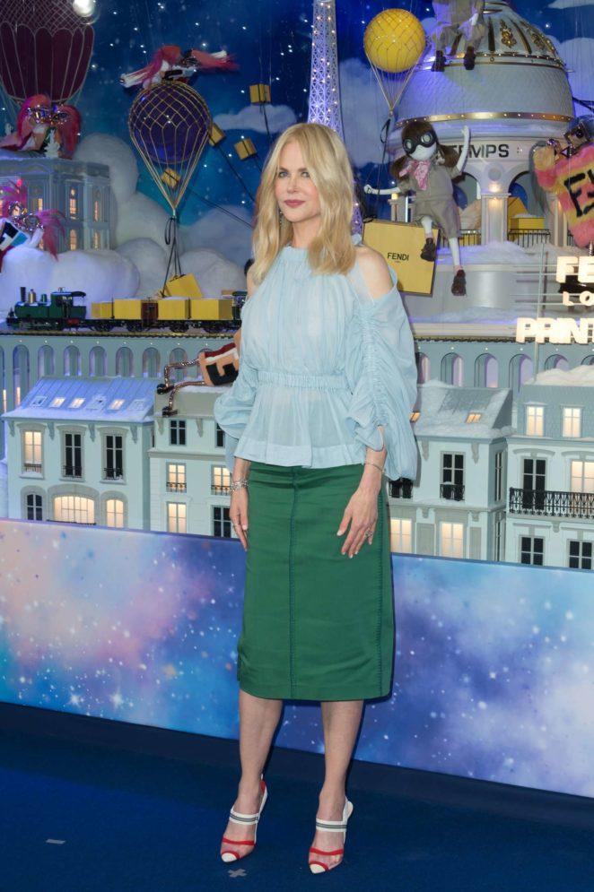 Nicole Kidman - Christmas Decorations Inauguration in Paris