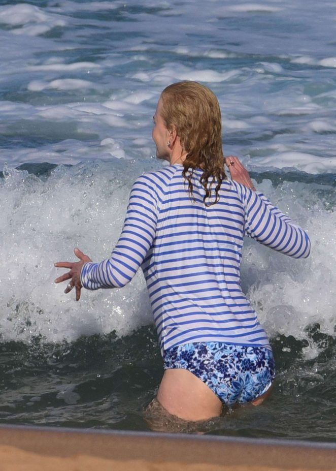 Nicole Kidman in Bikini Bottoms at Palm Beach in Sydney