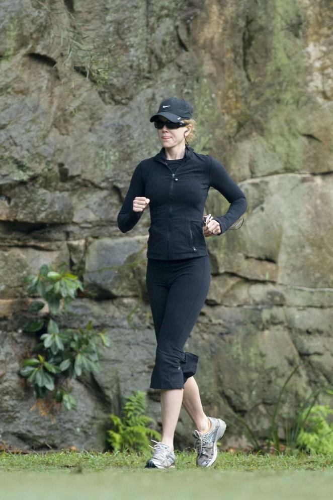 Nicole Kidman in Tights Jogging in Sydney