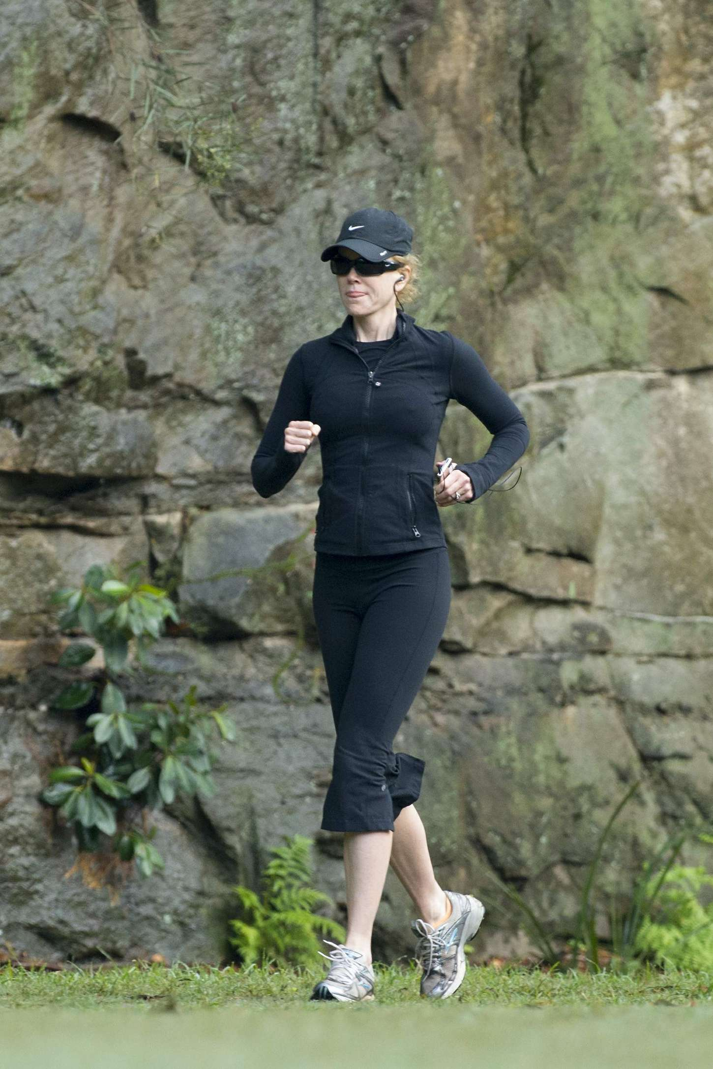 Nicole Kidman Jogging In Sydney Gotceleb