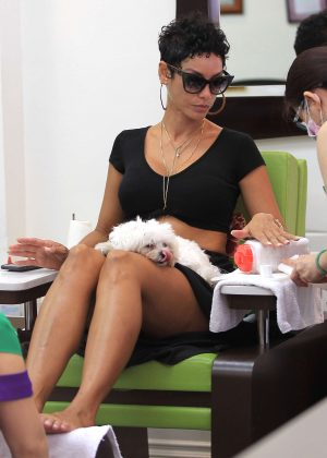 Nicole Murphy at the nail salon in Beverly Hills