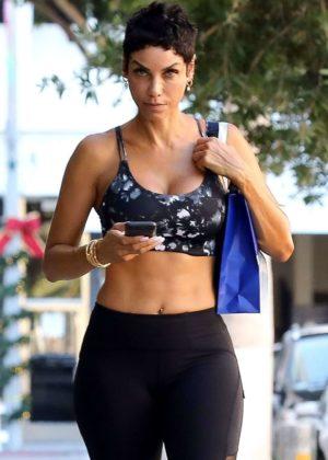 Nicole Murphy in Tights - Leaving Pilates Class in LA