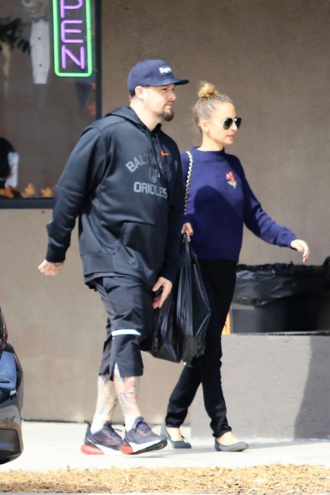 Nicole Richie and Joel Madden – Out in Burbank