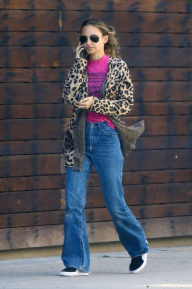 Nicole Richie at Mark's Garden in Studio City