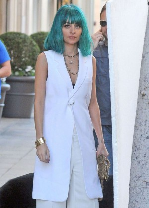 Nicole Richie doing a photoshoot in Beverly Hills
