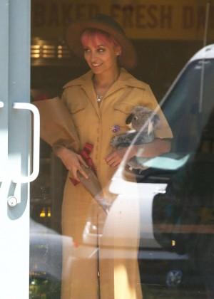 Nicole Richie in Mii Dress on Candidly Nicole -06