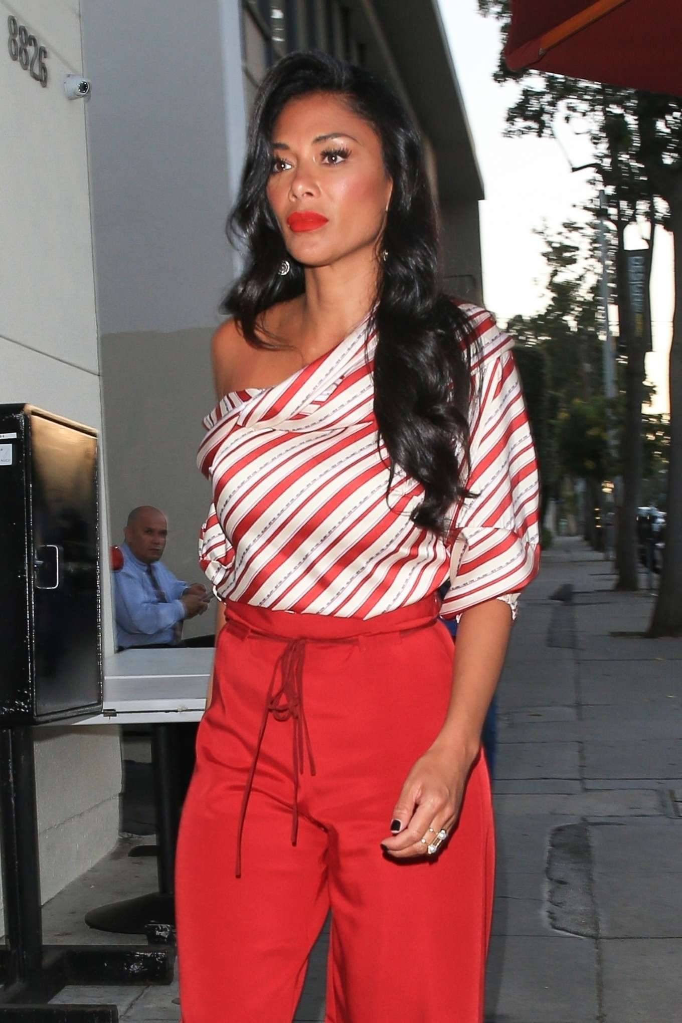 Nicole Scherzinger - Arrives at Craig's Restaurant in West Hollywood
