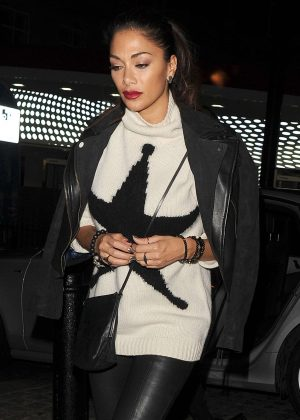 Nicole Scherzinger - Arriving back at her hotel in London