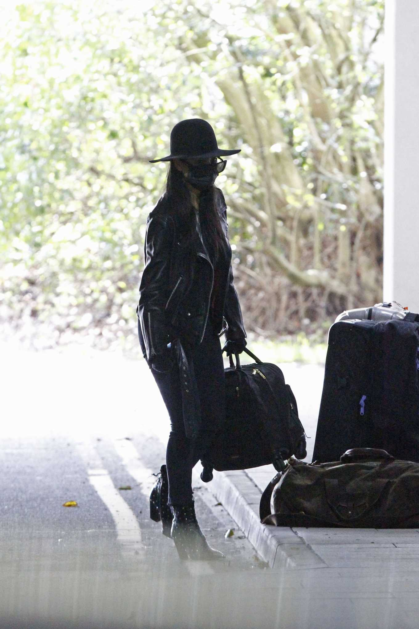 Nicole Scherzinger 2020 : Nicole Scherzinger – Flying out of Heathrow Airport-01