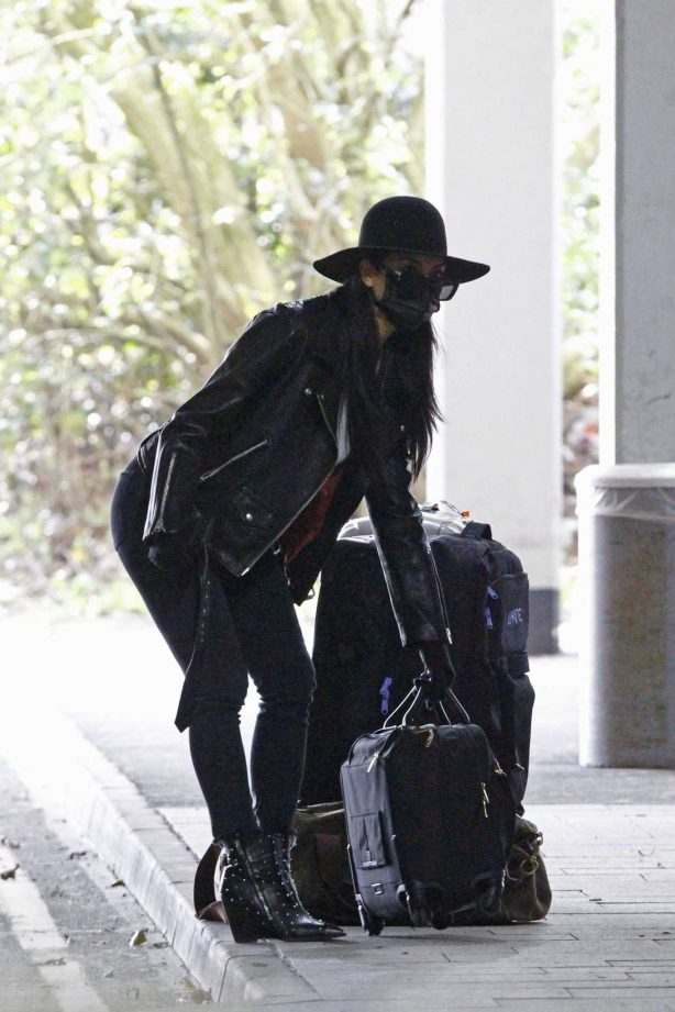 Nicole Scherzinger - Flying out of Heathrow Airport