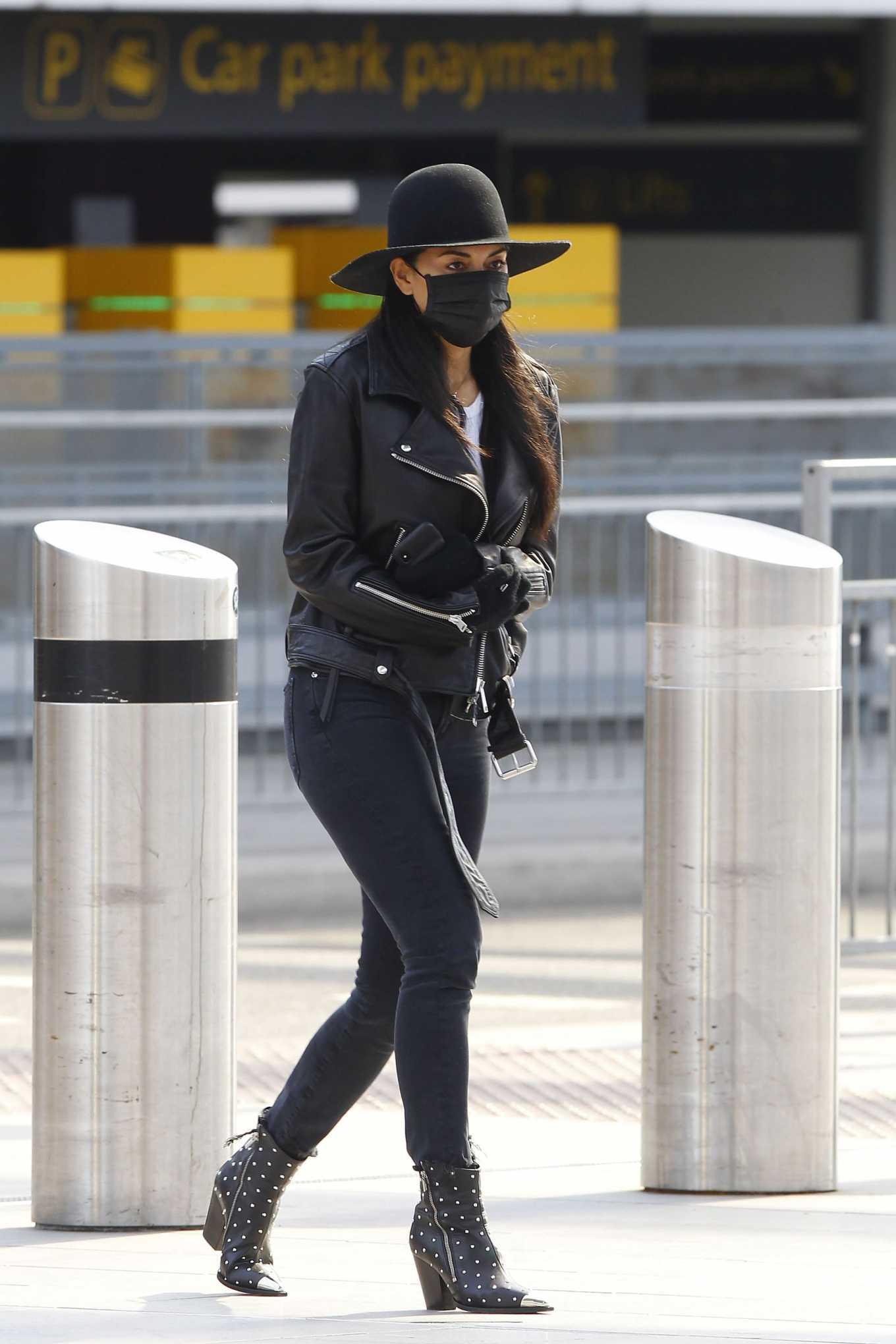 Nicole Scherzinger 2020 : Nicole Scherzinger – Flying out of Heathrow Airport-05
