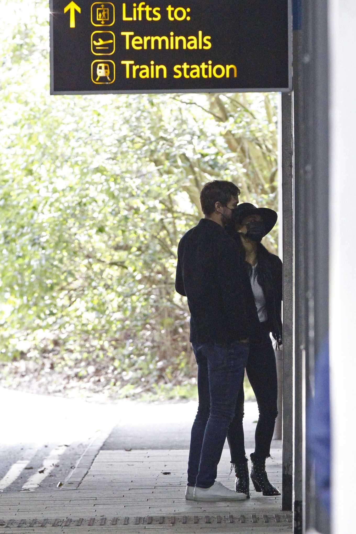 Nicole Scherzinger 2020 : Nicole Scherzinger – Flying out of Heathrow Airport-07