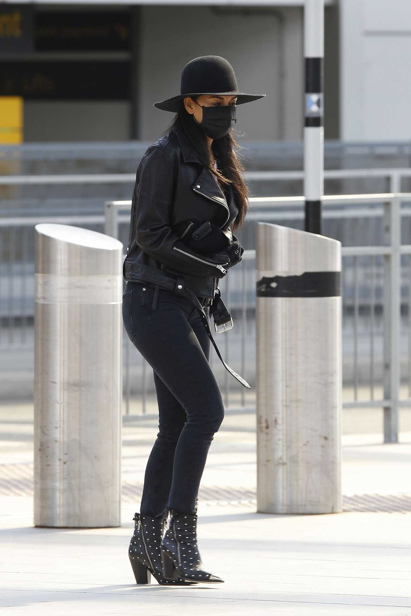 Nicole Scherzinger 2020 : Nicole Scherzinger – Flying out of Heathrow Airport-08