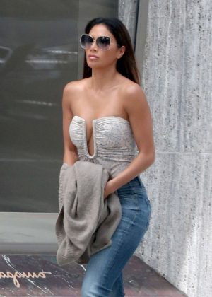 Nicole Scherzinger in Tight Jeans out in Los Angeles
