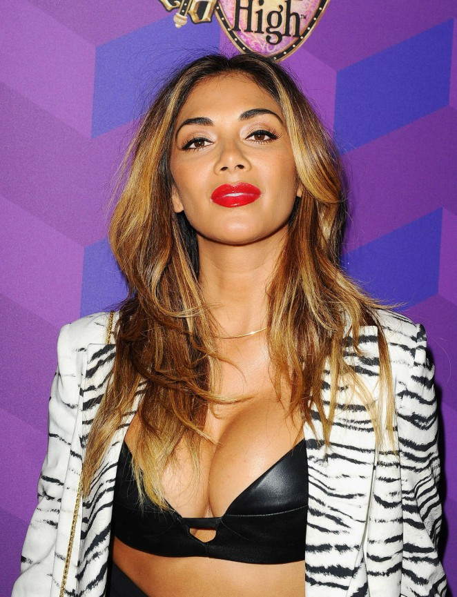 Nicole Scherzinger - Just Jared's Way to Wonderland Party in West Hollywood
