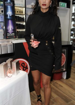 Nicole Scherzinger - Launching Her New Perfume 'Chosen' in Birmingham