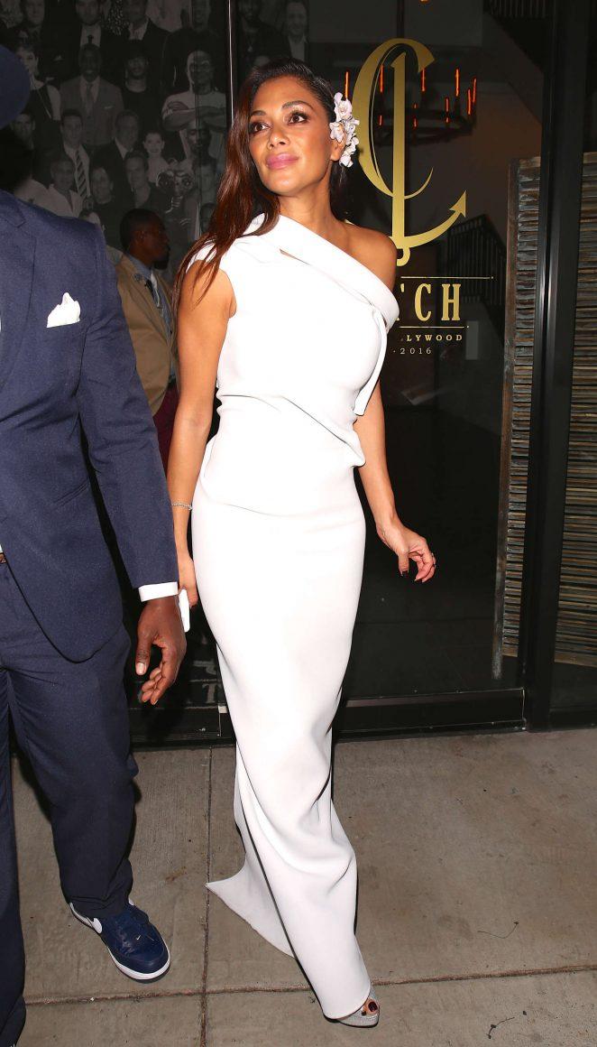 Nicole Scherzinger: Leaves Catch LA -06