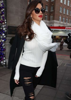 Nicole Scherzinger - Leaving her hotel in London