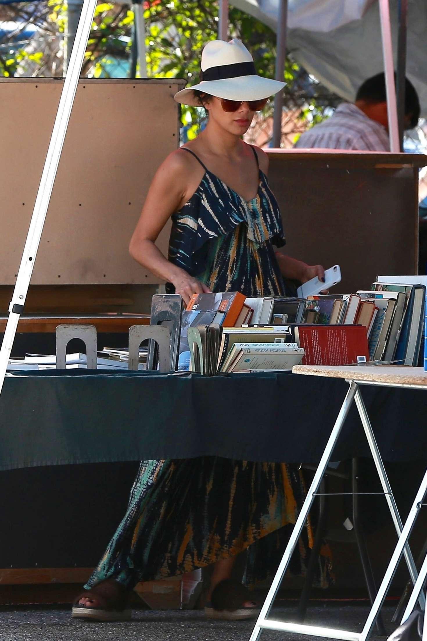 Nicole Scherzinger 2018 : Nicole Scherzinger: Shopping at the Melrose Trading Post -03