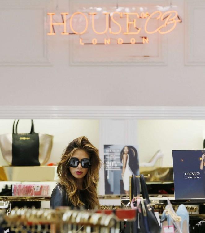 Nicole Scherzinger in mini Dress -09