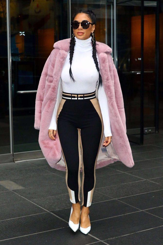 Nicole Scherzinger – Stops by the Time Warner Center in New York