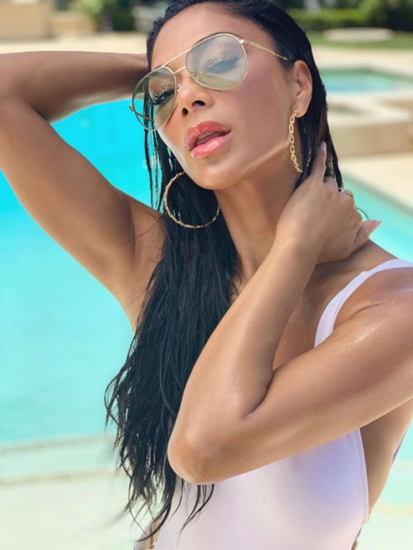 Nicole Scherzinger 2019 : Nicole Scherzinger – Swimsuit Photoshoot 2019-05