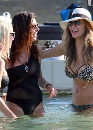 Nicole Scherzinger Hot in Bikini -15