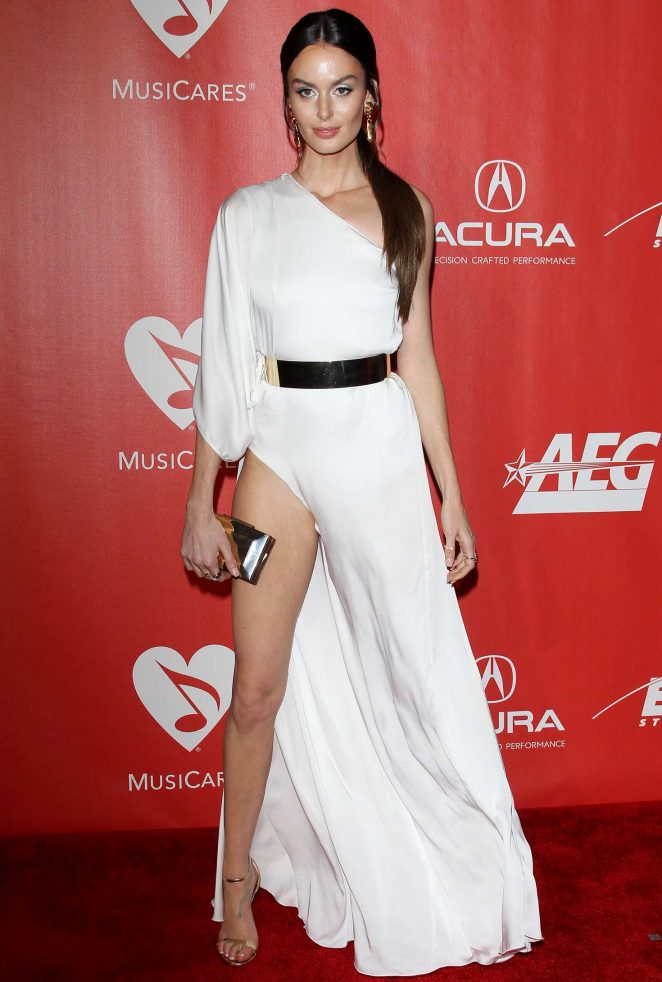 Nicole Trunfio - 59th GRAMMY Awards - MusiCares Person of the Year Honoring Tom Petty in LA