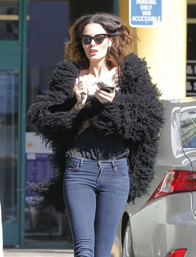 Nicole Trunfio in Tight Jeans Out in Los Angeles