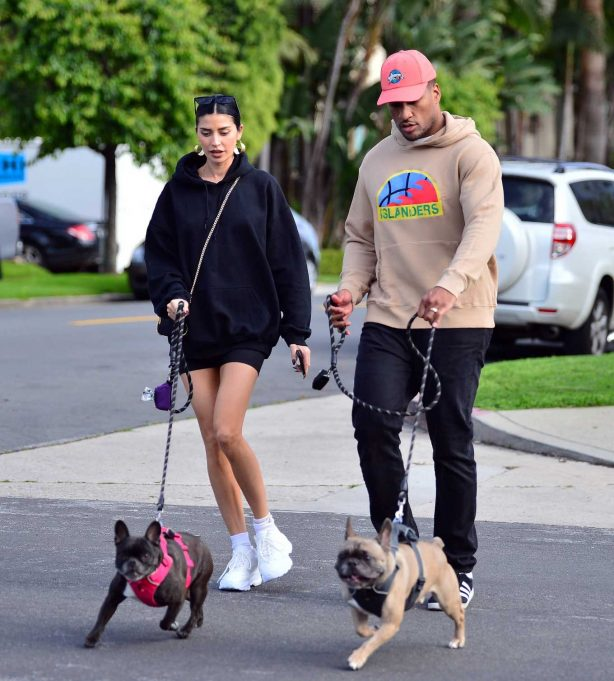 Nicole Williams and Larry English - Walk there pups in Los Angeles