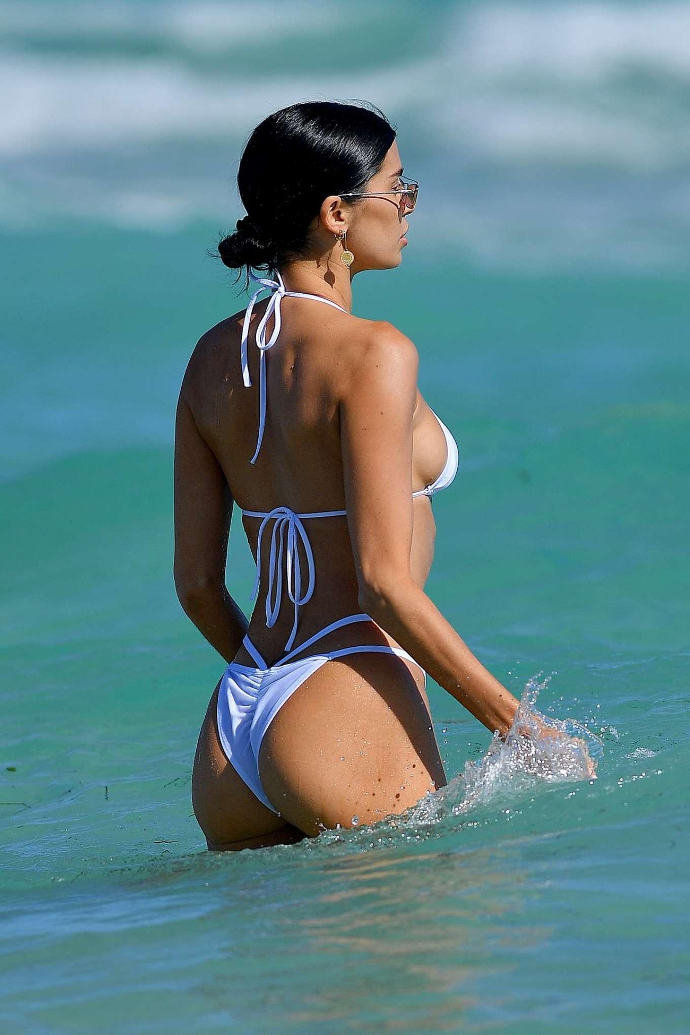 beach-bikini-galleries-what-is-anima-porn-called