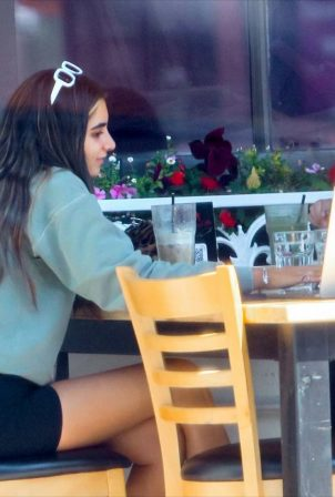 Nicolette Gray - Out for a drink in Beverly Hills